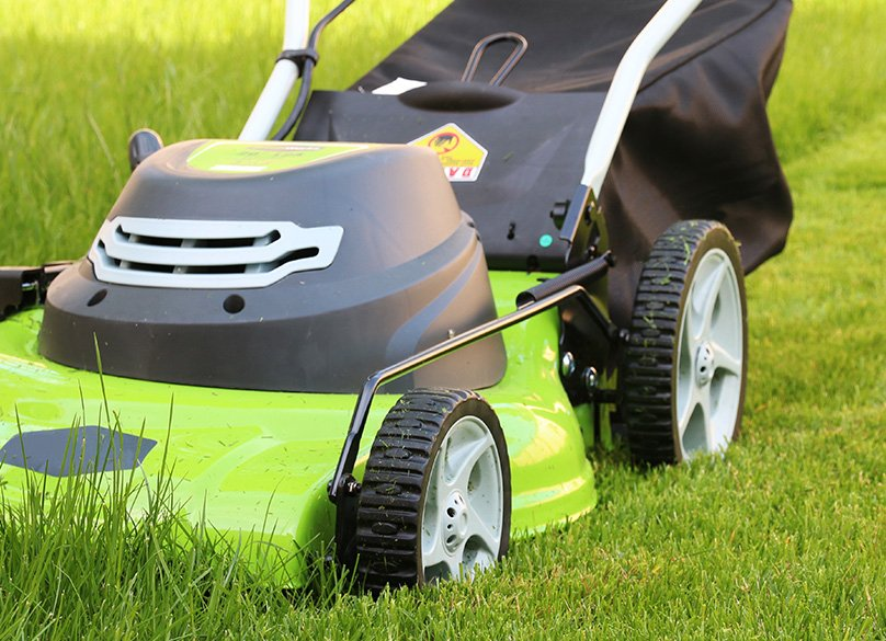 Electric Vs Gas Lawn Mowers Which Is Best Complete Guide